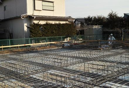 断熱材敷き~鉄筋~コンクリート打設-ささらデイサービス