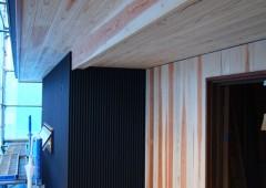 ◆玄関廻り at 変形地に建つお日様をむかえる家