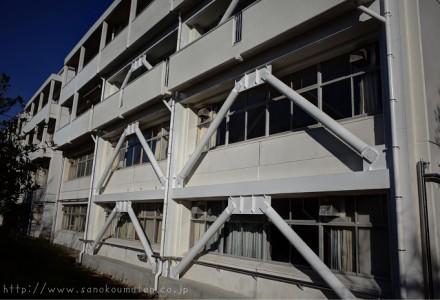 特殊な工法による耐震補強工事